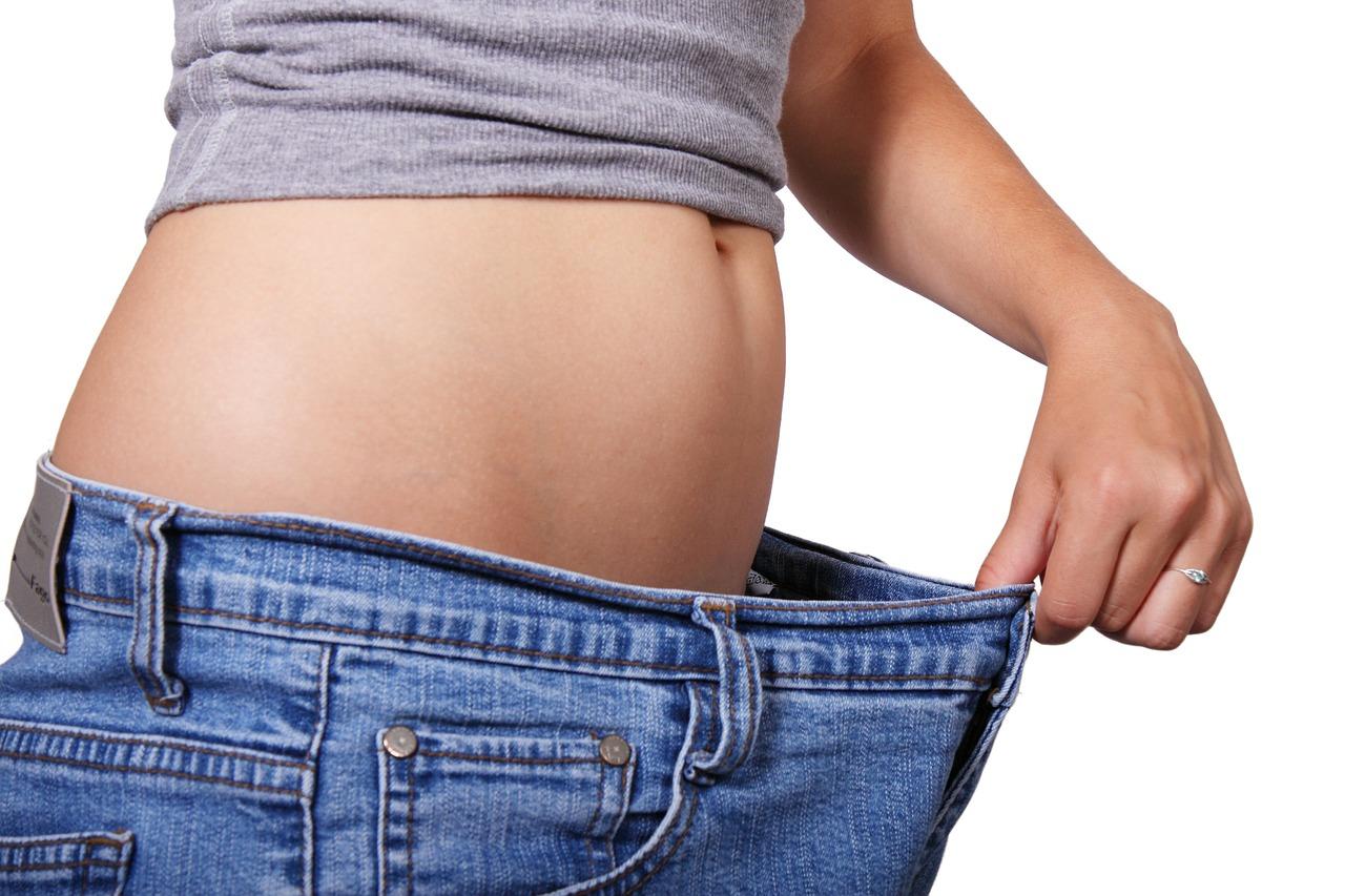 原因は内臓脂肪!?お腹の部分痩せのポイントは?