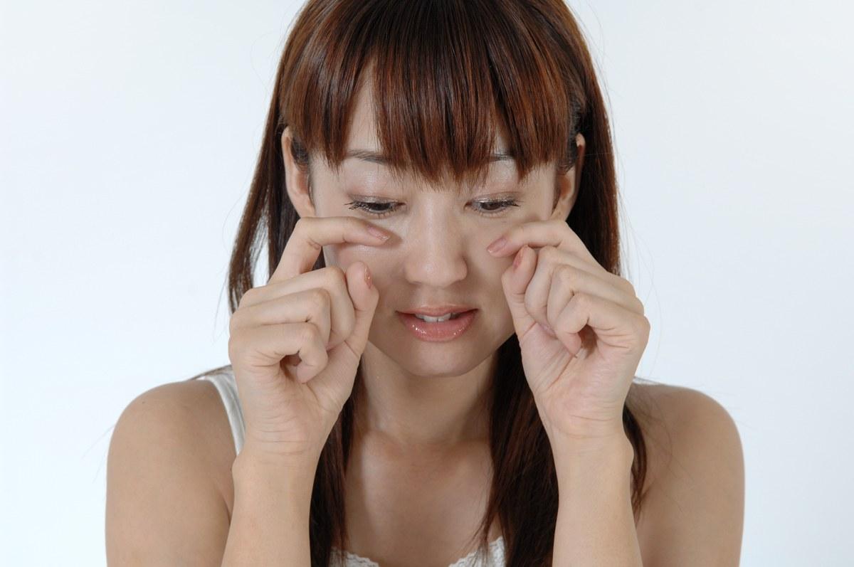 すぐできる!朝の5分で顔のむくみを解消するケア