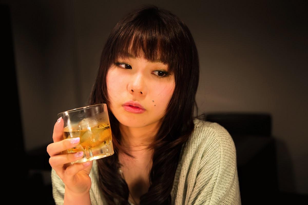 むくみが起きる原因は飲酒にある!?