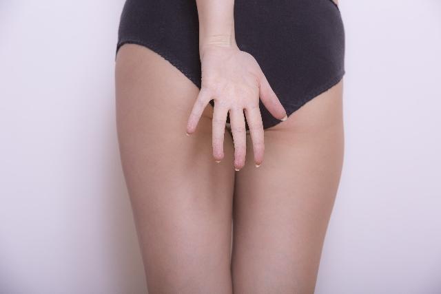 スクワットで部分痩せ!女子特有の下半身太りの原因
