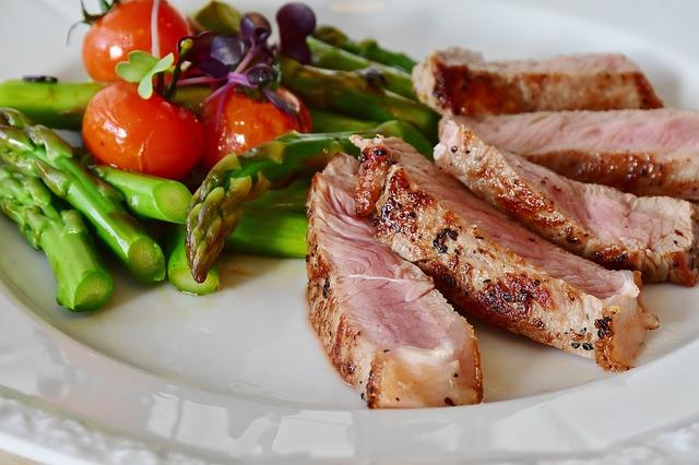 痩せたいのに食べてしまう。食事制限を上手に乗り切り健康的に痩せるコツ