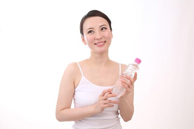 暑い夏!汗かきを体質改善して治すには?