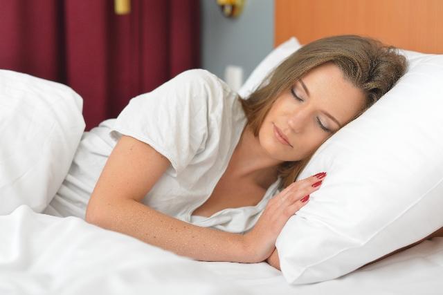 痩せたいなら寝る前にやるべきことは?